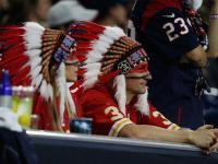Indiens dans les tribunes