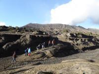 La montée au volcan