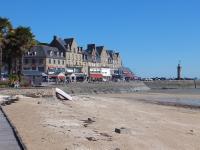 Quai et plage de Cancale